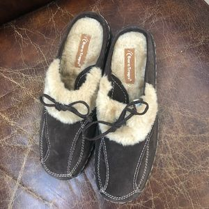 Bare Traps brown leather  fur wedges mules 7.5M